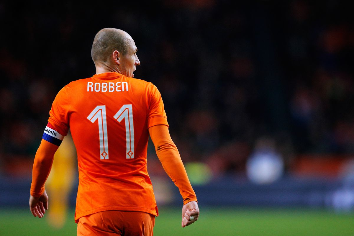 Why Arjen Robben should decline Netherlands recall and retire from