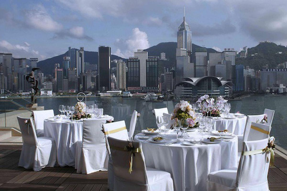A Rooftop Wedding Overlooking Hong Kong At The Intercontinental