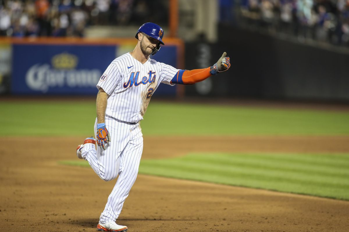 MLB: Game Two-Pittsburgh Pirates at New York Mets