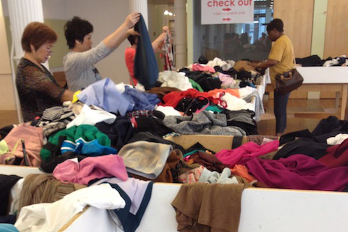 """The scene from a <a href=""""http://ny.racked.com/archives/2012/09/17/expect_to_do_some_digging_at_the_limiteds_2_sample_sale.php#more"""">previous sale</a> via <a href=""""http://www.nykeiko.com/"""">New York à la.Keiko</a>"""