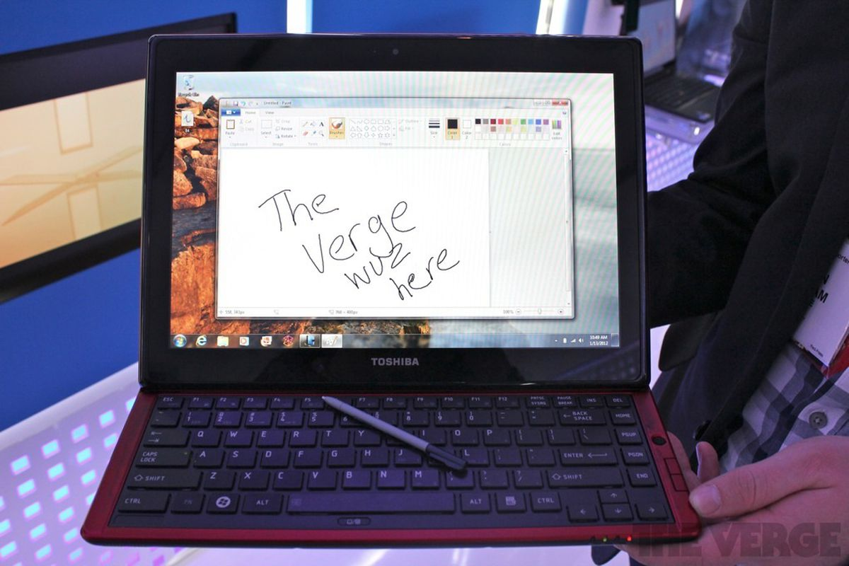 Gallery Photo: Toshiba Portege M930 hands-on pictures