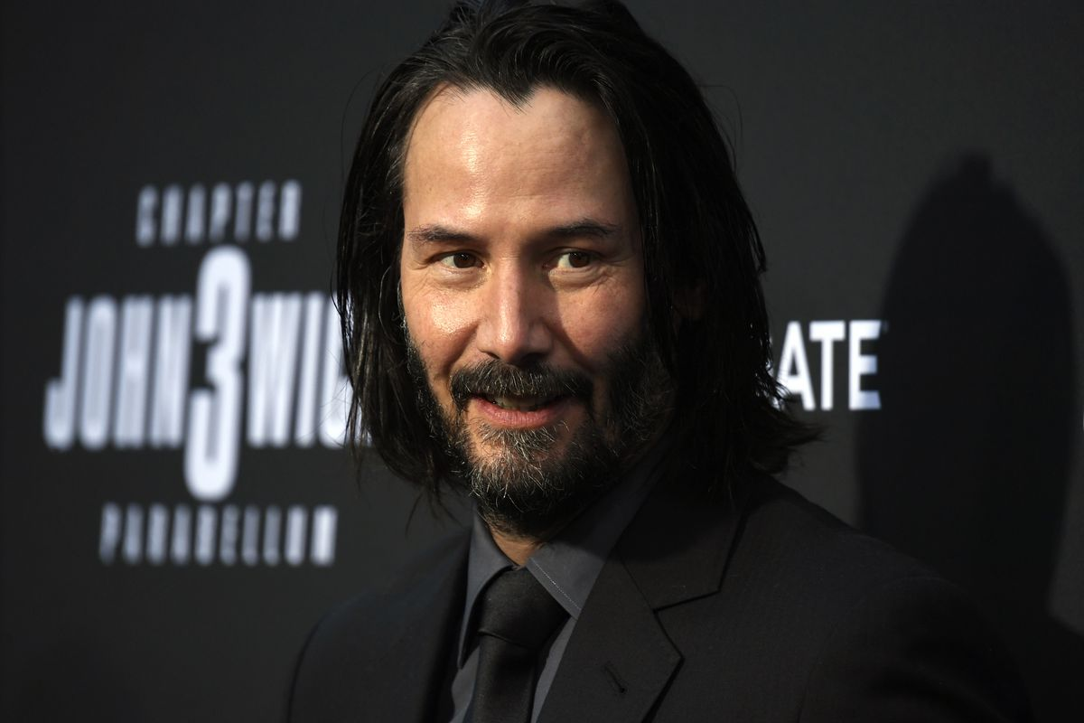 Kids Won T Stop Coming Up To Keanu Reeves To Call Him Fortnite Guy Polygon