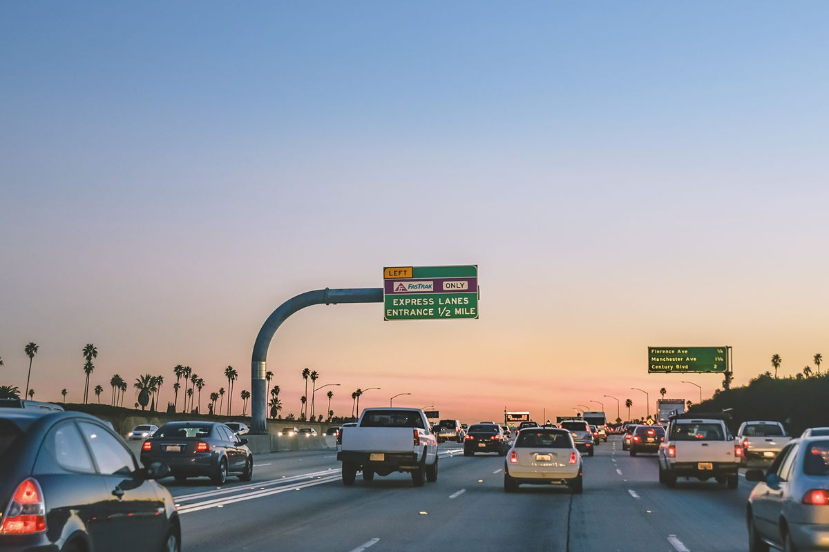 la express lanes filled with rule-breaking drivers - curbed la