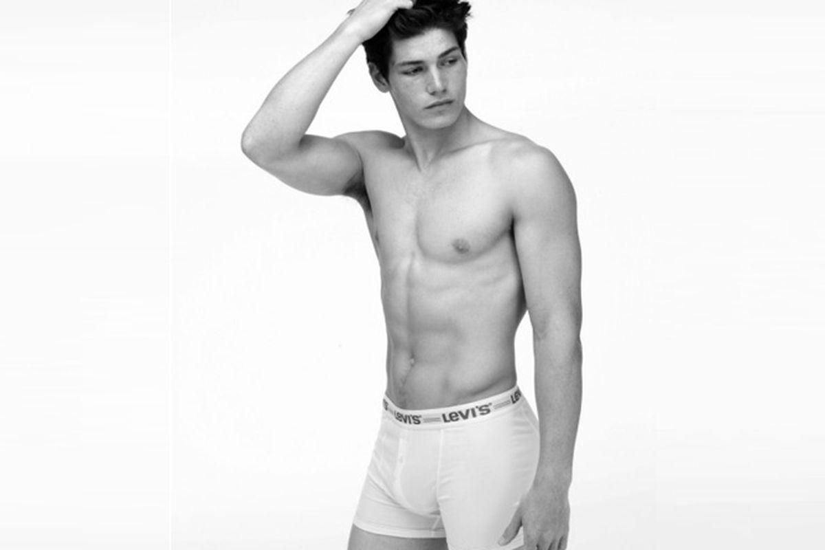 """Photo via <a href=""""http://www.levi.com/%E2%80%8E"""">Levi's</a> via <a href=""""http://www.menly.fr/mode/actu-mode/collection-levis-underwear/attachment/levis/"""">Menly</a>"""