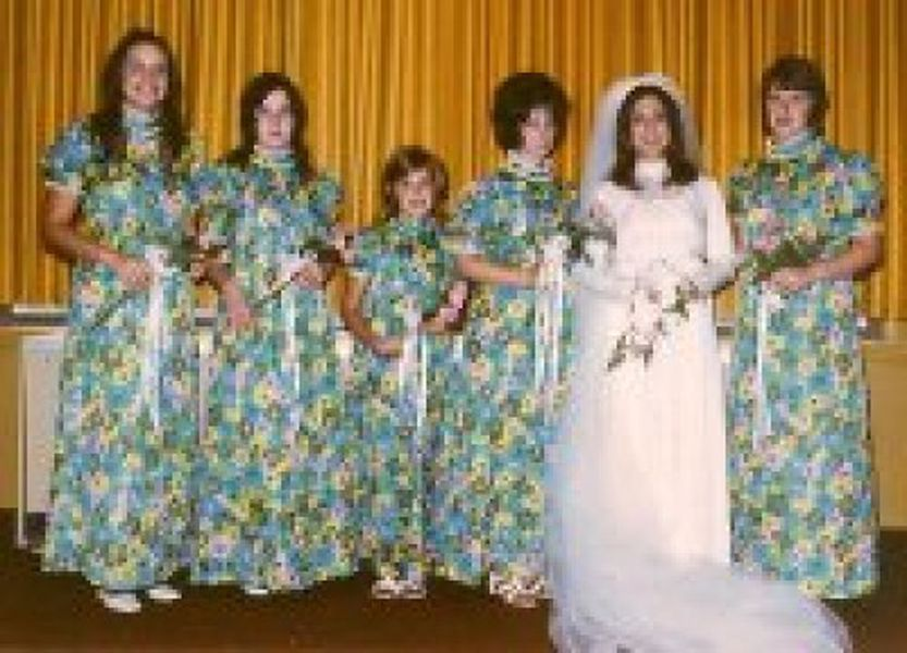Behold the terrifying results of the worst bridesmaid dress this tipster clearly decided to have fun despite the dress junglespirit Gallery
