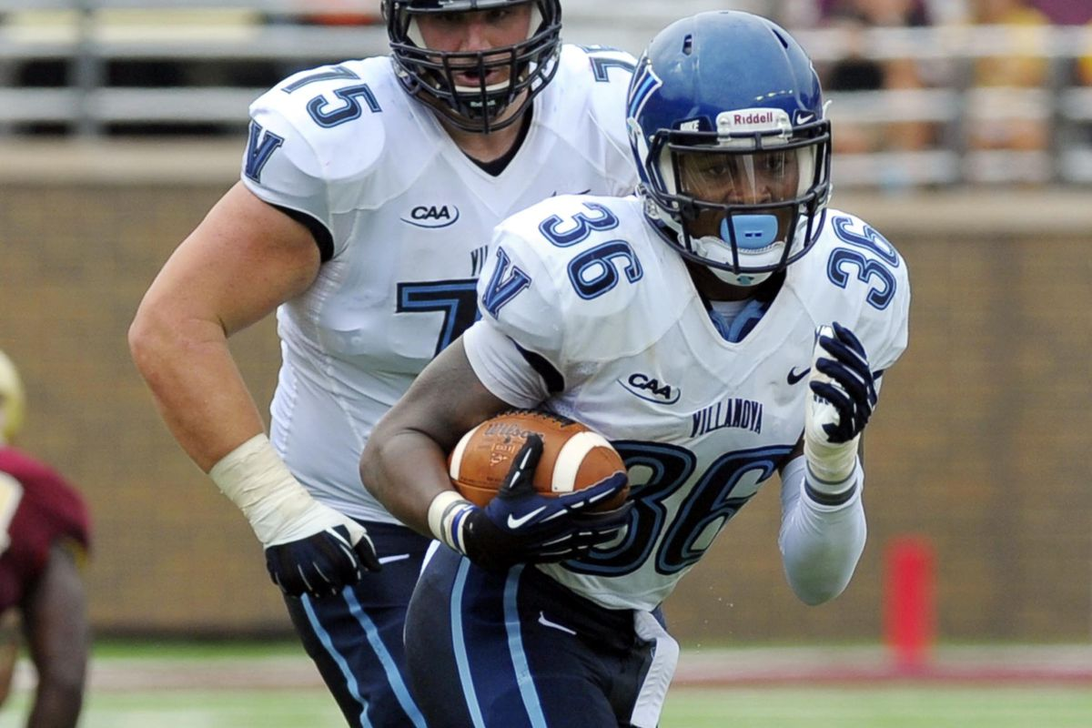 Gary Underwood's (36) touchdown in the 4th, pulled Villanova within 2.