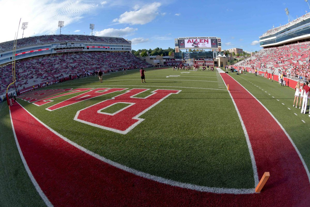 NCAA Football: Texas State at Arkansas