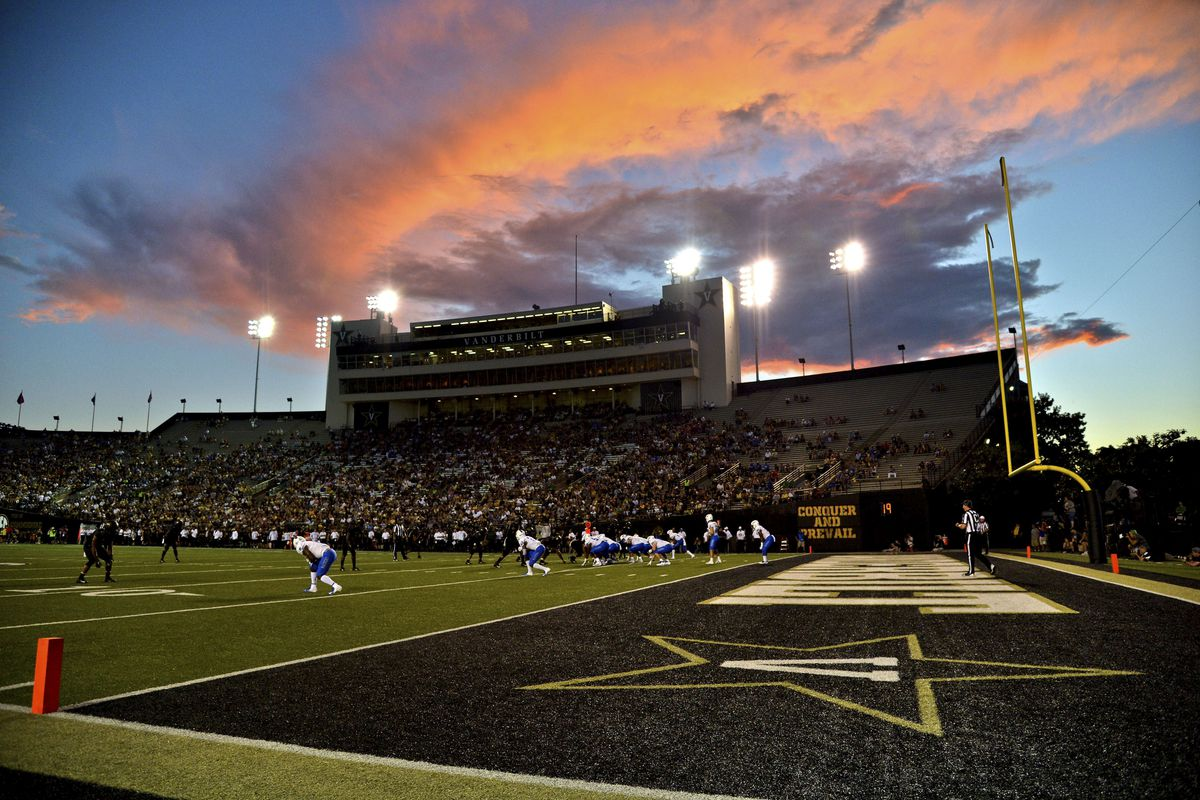 NCAA Football: Middle Tennessee at Vanderbilt