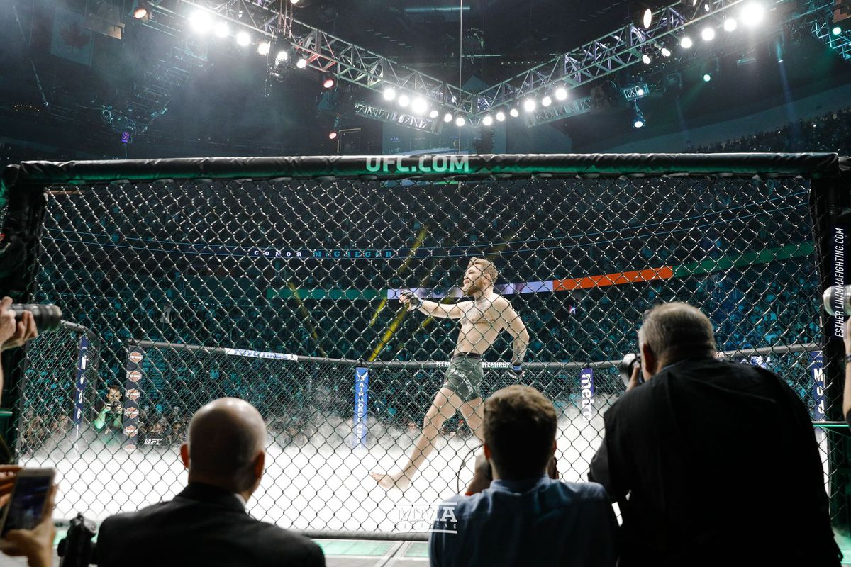 Oscar De La Hoya: Conor McGregor could 'easily' command Canelo-like money in streaming service deal