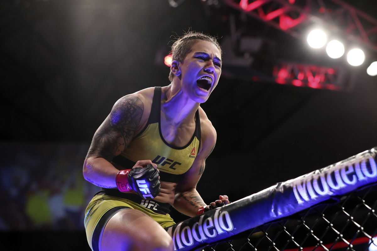 Jessica Andrade expects 'firew...