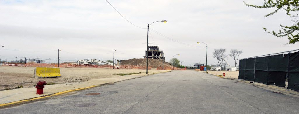 The site of the old Michael Reese hospital. looking east on 29th Street. The 37-acre site was leased to the hospital until 2009, when City Hall bought it for $91 million.   Scott Stewart~Sun-Times