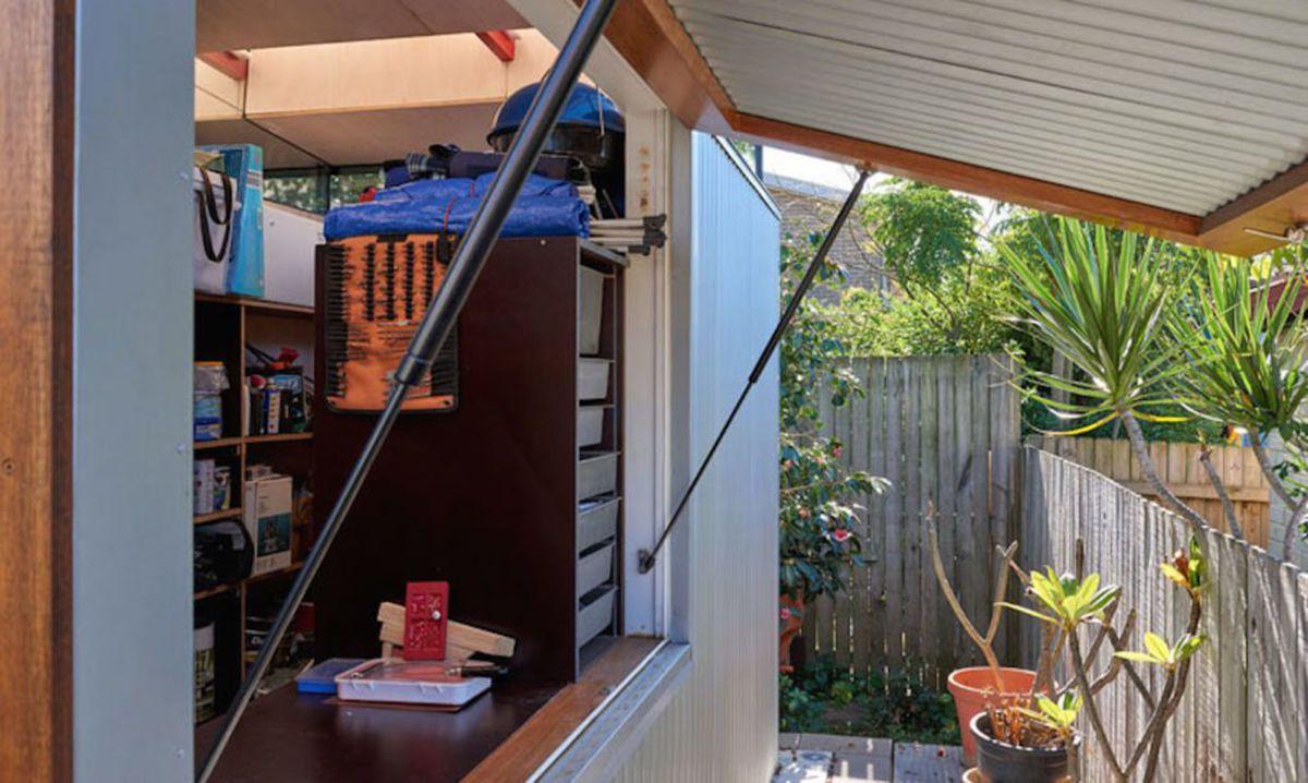 Backyard Studio Packs Loads Of Amenities Into 312 Square