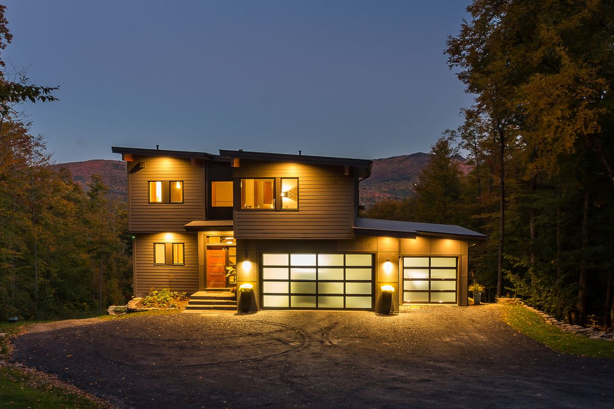 Prefab Home For Sale Delivers Midcentury Modern Style Curbed