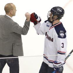 Boston University Terriers vs UConn Huskies