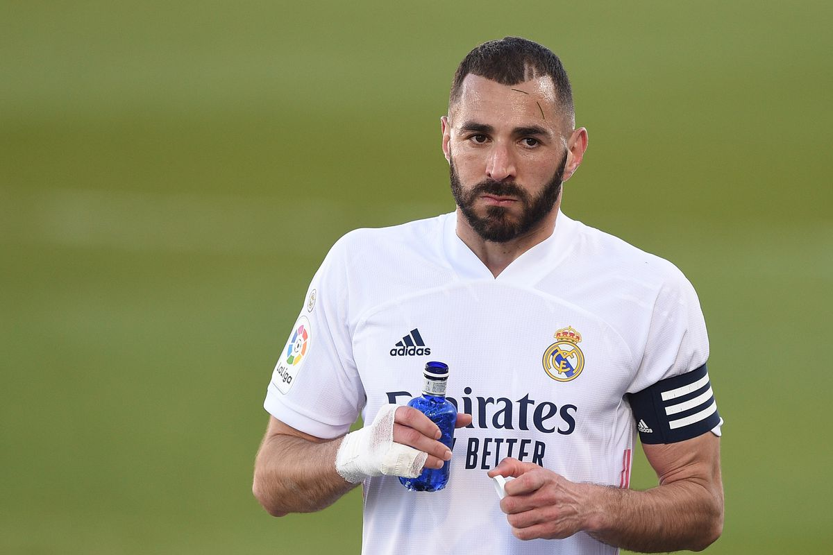 """Benzema: """"My contract runs to 2022, but if Florentino wants me to stay then  I'm here"""" - Managing Madrid"""