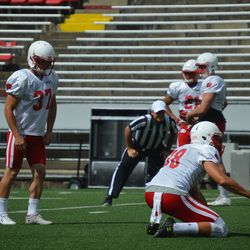 Andrew Endicott gets ready for a field goal attempt.