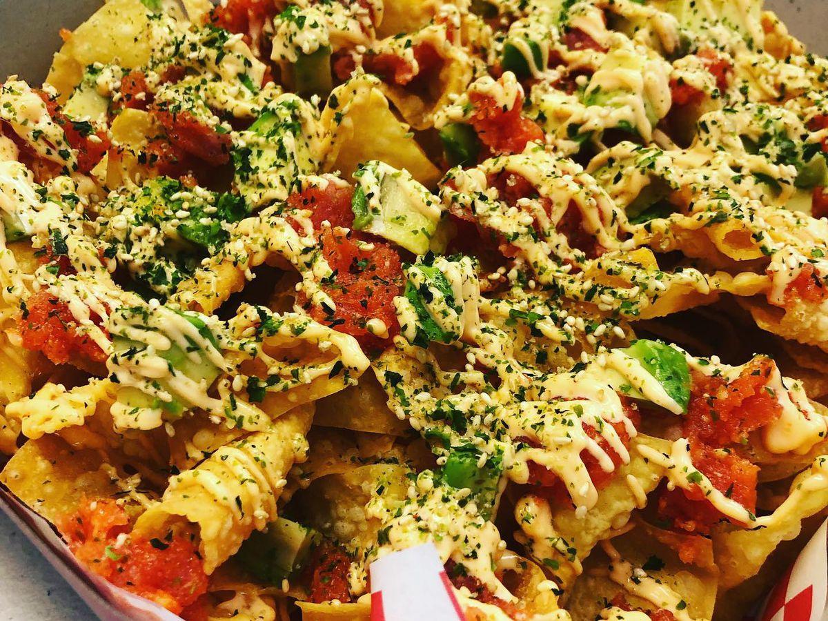 Ahi nachos at Pacific Island Taste