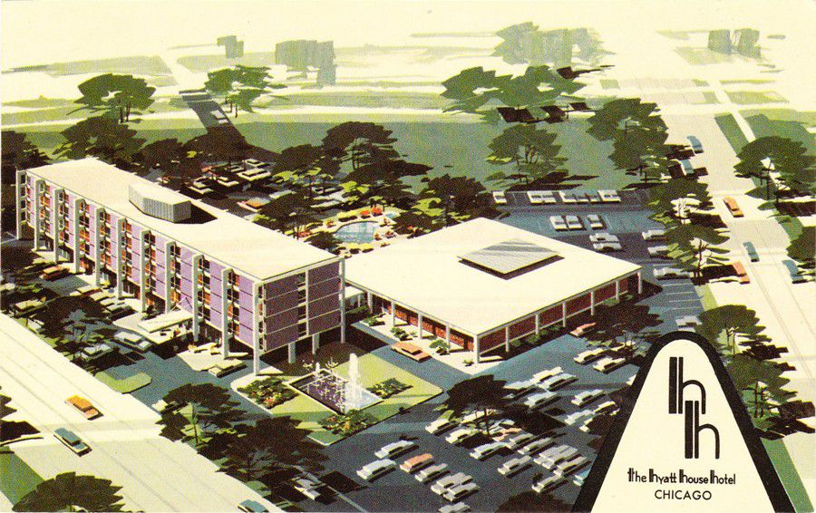 A postcard for what was then the Hyatt House in Lincolnwood, printed around the time it opened.