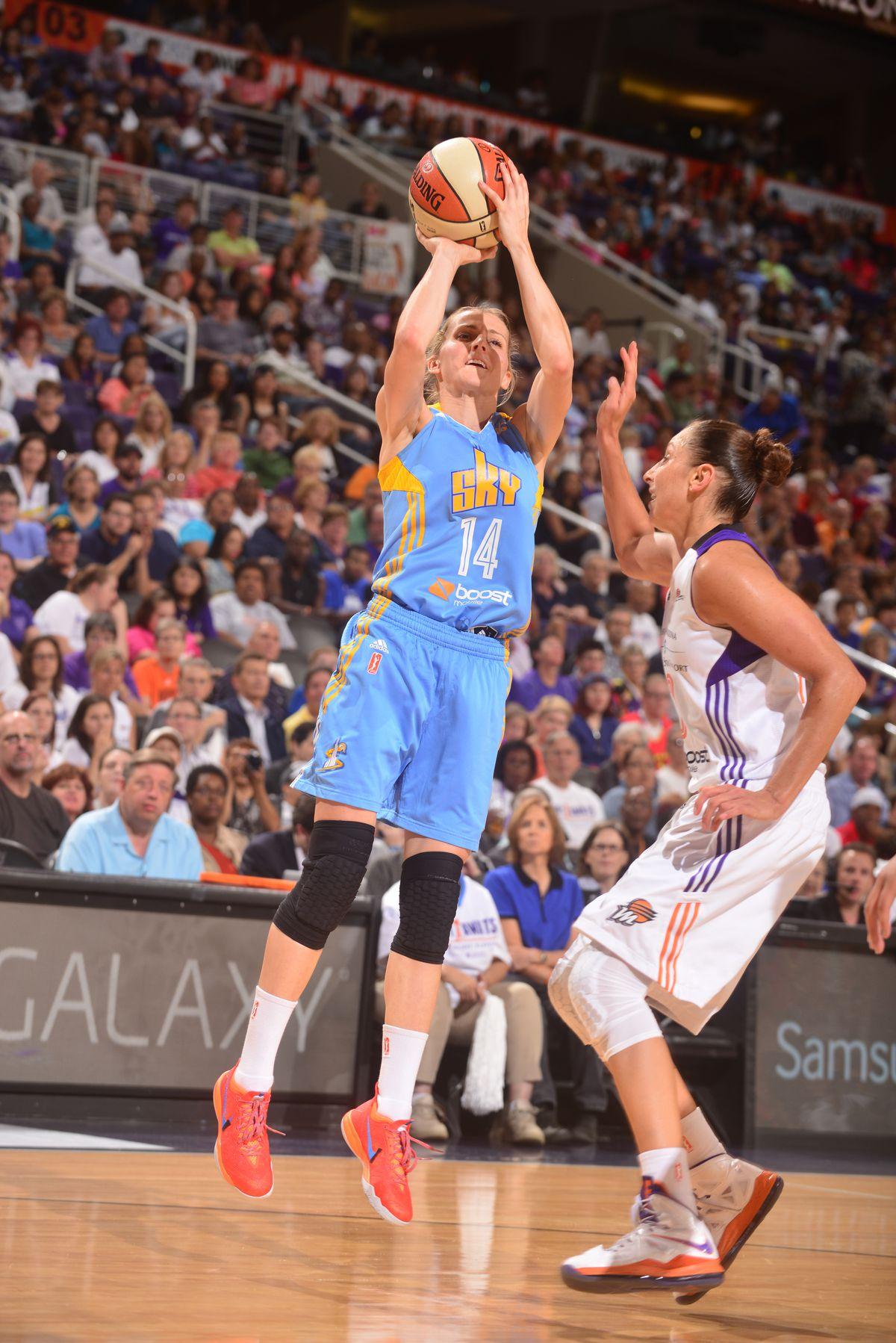 Chicago Sky v Phoenix Mercury - 2014 WNBA Finals - Game 2