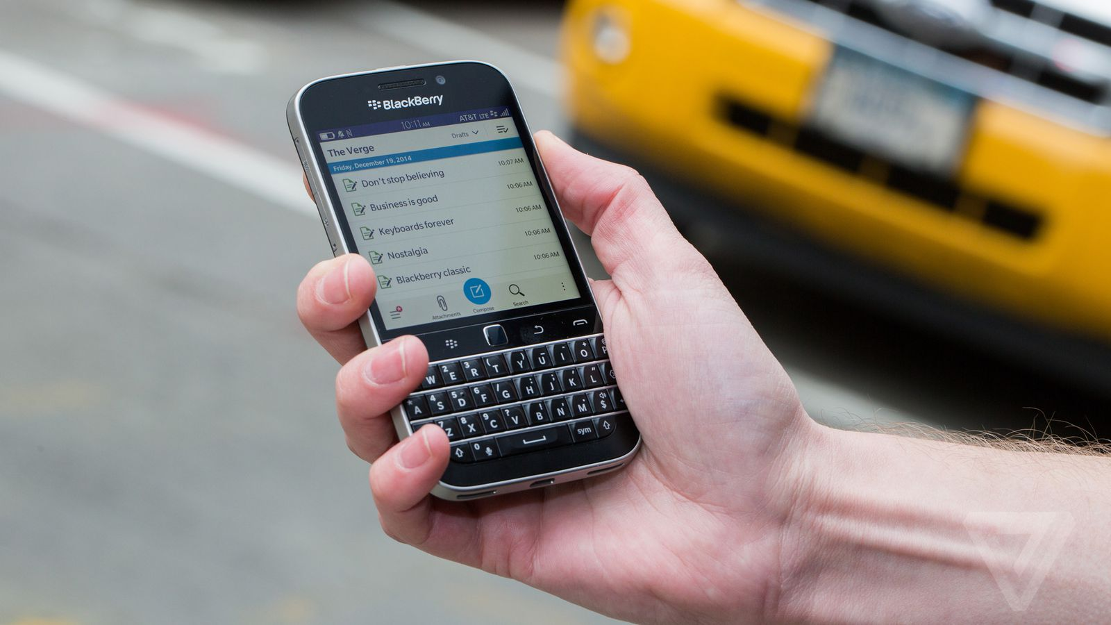 12 Forever Classic Features: BlackBerry Classic Review