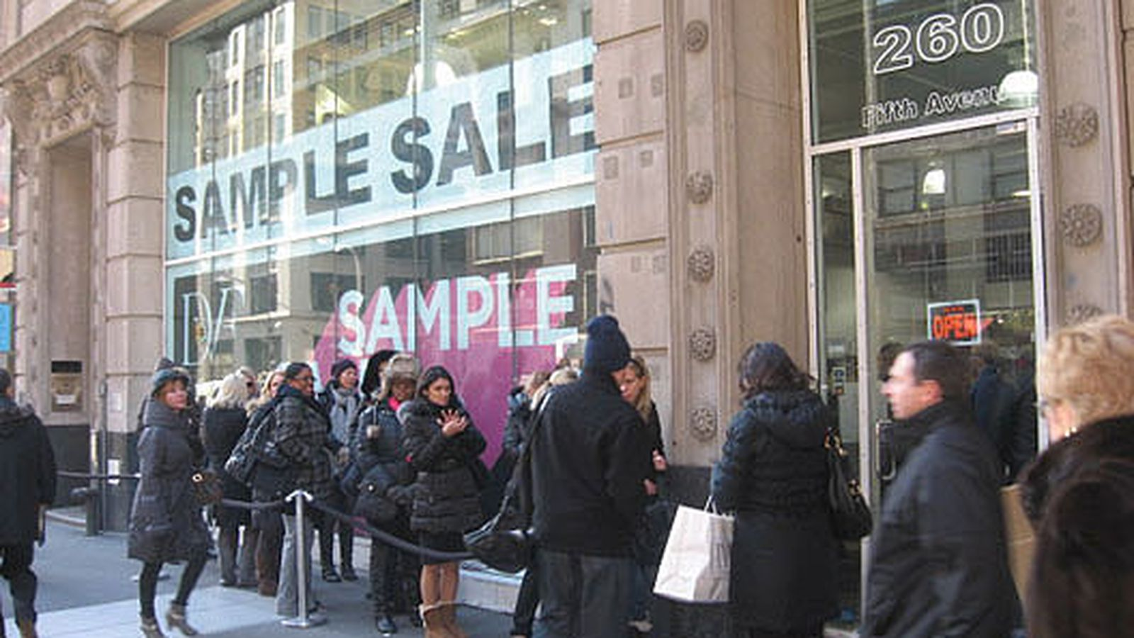 New York Sample Sales - Baccarat Holiday Sample Sale