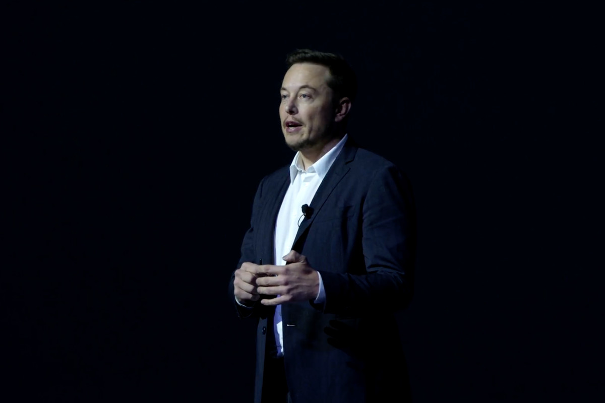 Elon Musk says taking a Mars trip should cost the same as
