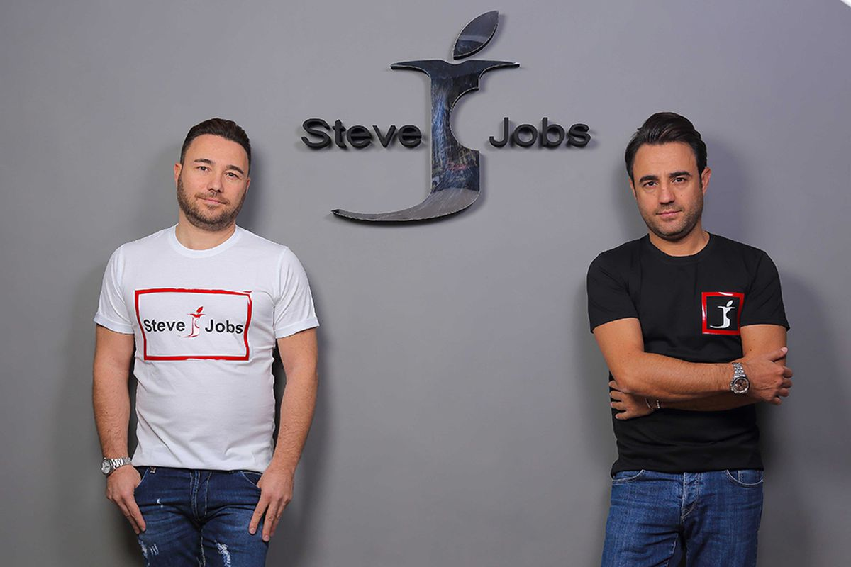 Apple Not Happy With Clothing Company Using The Name Steve Jobs