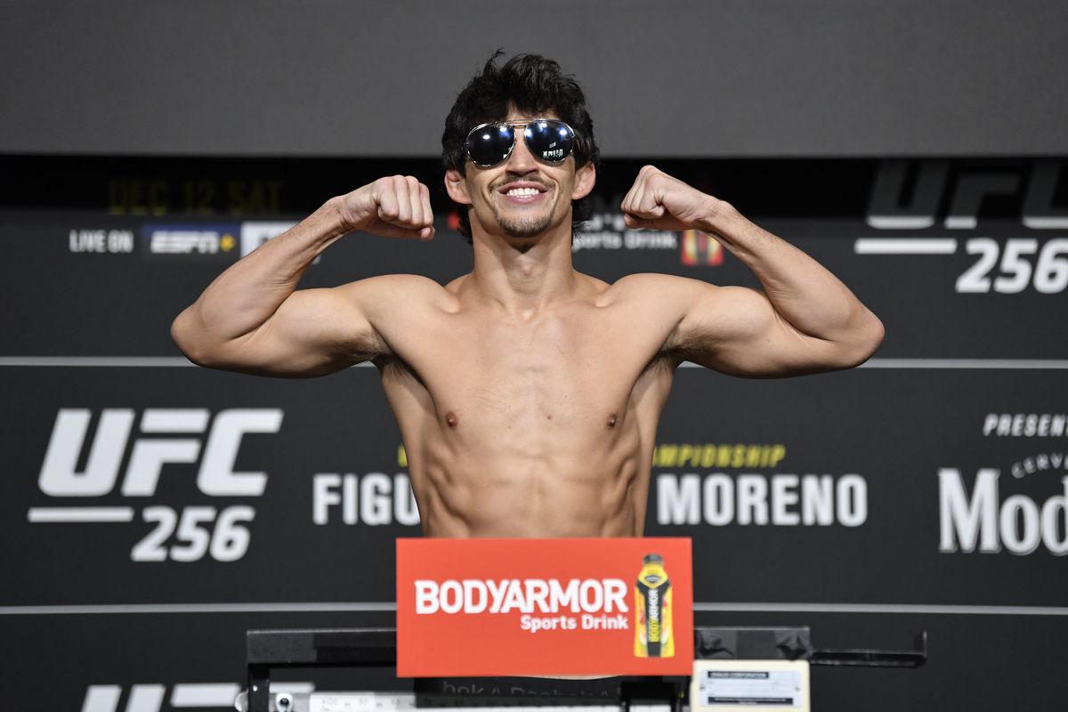 Billy Quarantillo poses on the scale during the UFC 256 weigh-in at UFC APEX on December 11, 2020 in Las Vegas, Nevada.