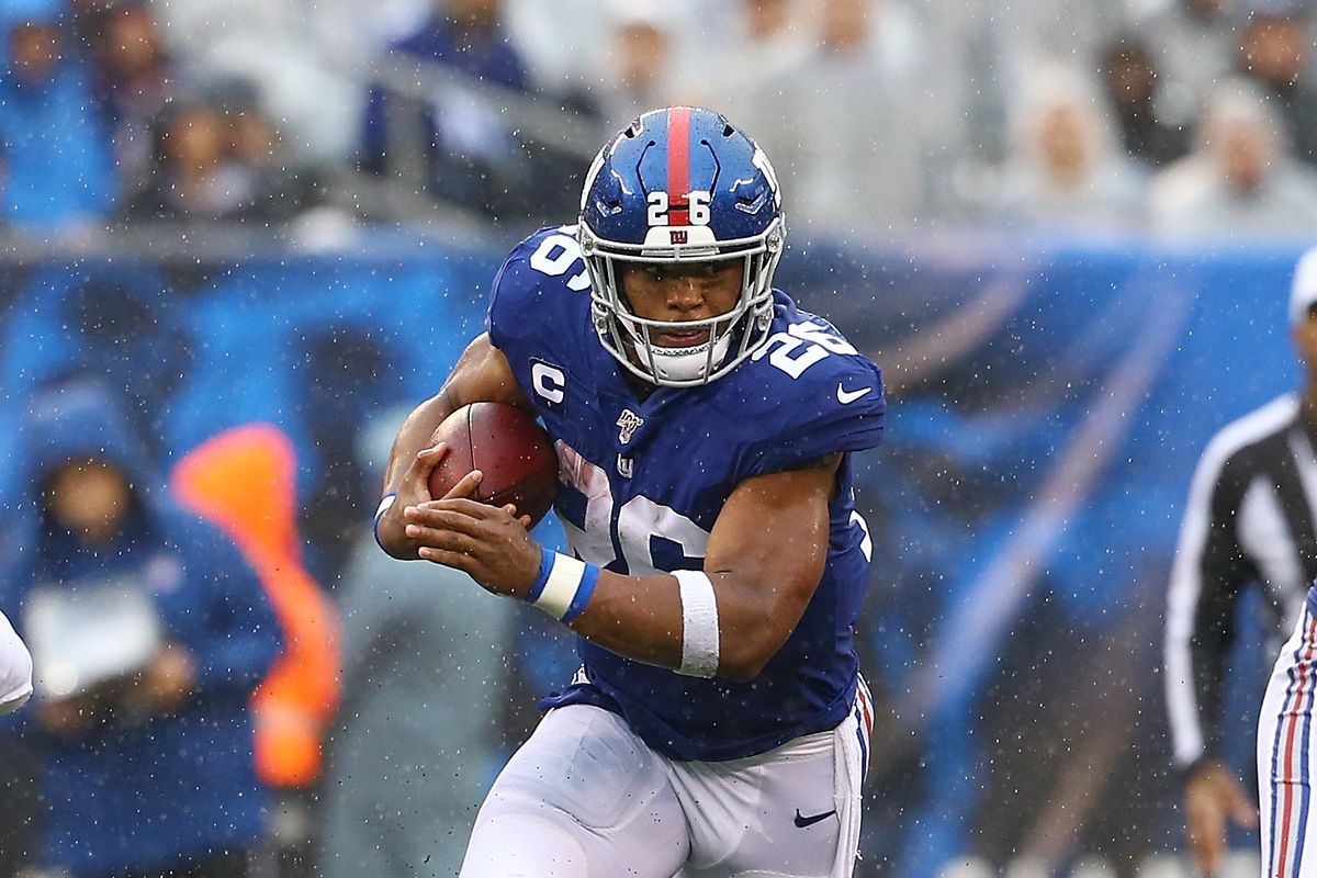 Saquon Barkley of the New York Giants in action against the Arizona Cardinals at MetLife Stadium on October 20, 2019 in East Rutherford, New Jersey.