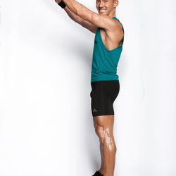 """<a href=""""http://ny.racked.com/archives/2014/08/14/racked_hottest_trainer_jason_tran_swerve.php"""">Jason Tran</a>, Swerve Fitness/The Fhitting Room"""