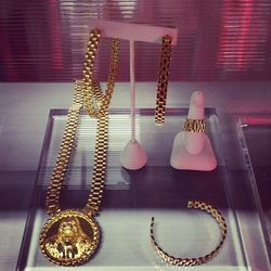 """Celeb-favorite <a href=""""http://la.racked.com/archives/2013/01/15/music_industry_fave_melody_ehsanis_jewelry_hits_fairfax.php""""target=""""_blank"""">Melody Ehsani</a> killed it with bold, gold accessories."""