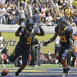 California's C.J. Anderson (9) celebrates with Keenan Allen (21) after Anderson's touchdown during the first half of an NCAA college football game against Southern Utah Saturday, Sept. 8, 2012, in Berkeley, Calif. (AP Photo/Ben Margot)