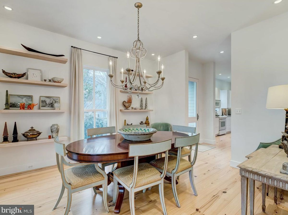 Niermann Weeks Co Founder S Maryland Home Lists For 1 3m