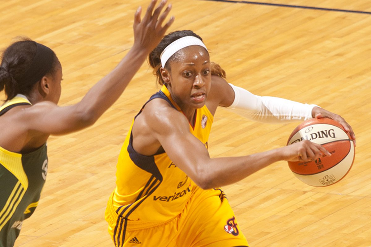 Tiffany Mitchell impresses with 19 points in the Fever's win over the Storm.