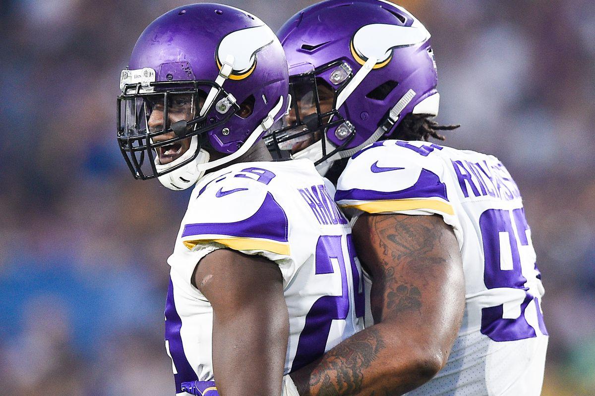 Minnesota Vikings v Los Angeles Rams