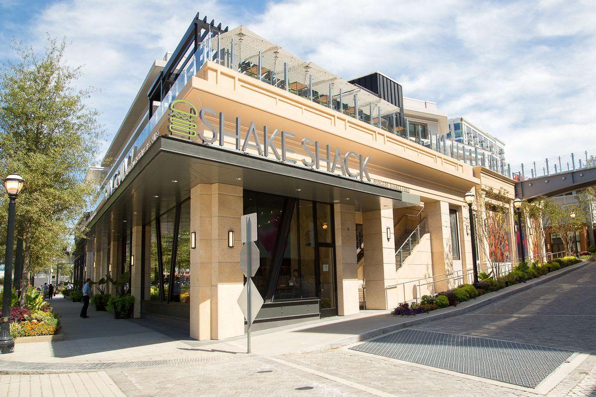 Outside Shake Shack in Buckhead Atlanta.