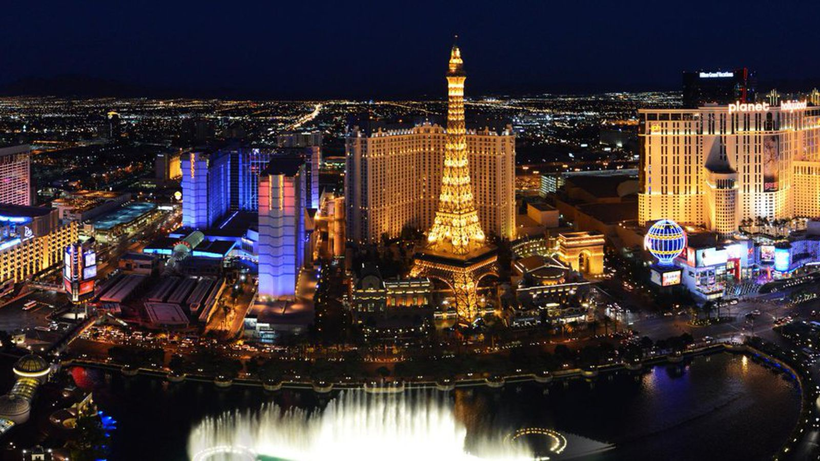 10 Restaurants First-Time Las Vegas Visitors Should