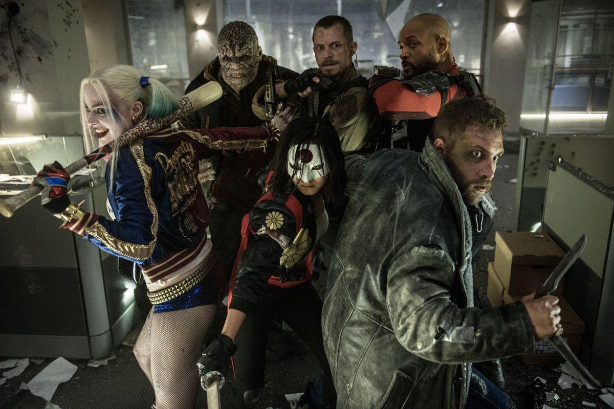 Suicide Squad Is Worse Than Batman V Superman No We Didnt Think - 14 hilarious pictures of sad batman
