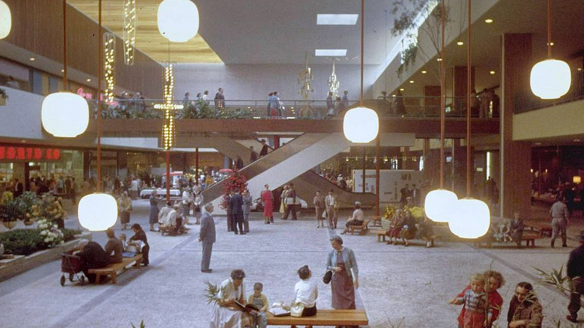 How the Cold War Shaped the Design of American Malls