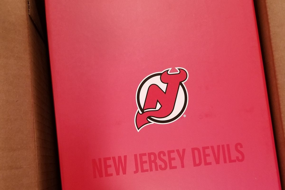 best loved 1c807 6bd0c Unboxing the 2019-20 New Jersey Devils Season Ticket Holder ...