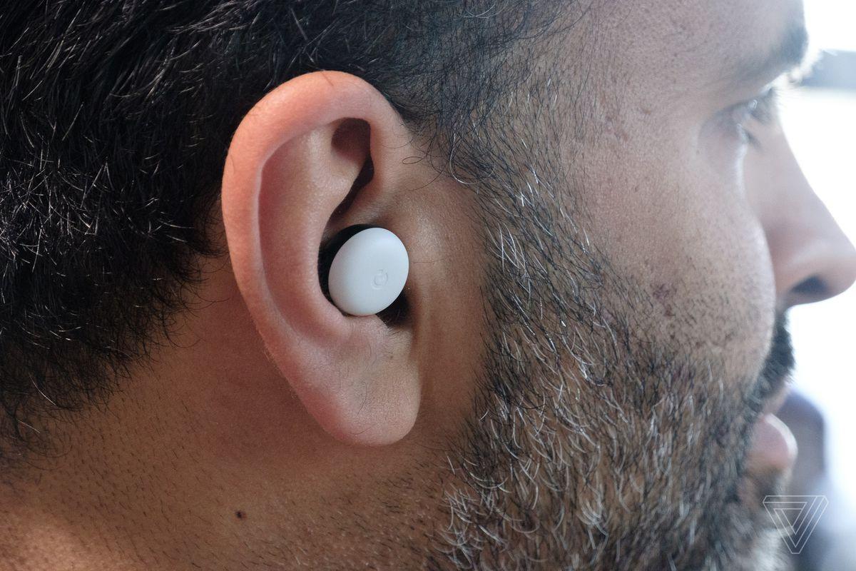 Pixel Buds, in my ear