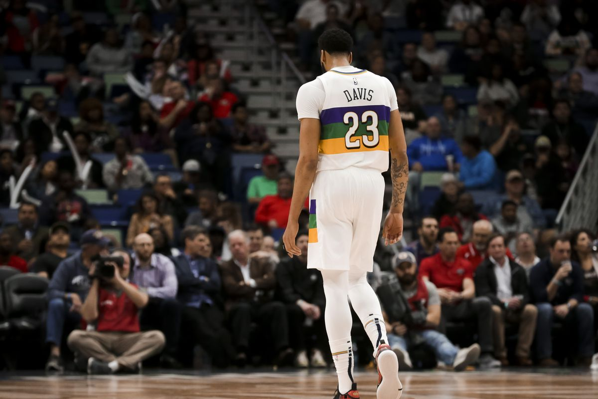 5e5f46453933 Awkward or uncomfortable are no longer words apt to describe the Anthony  Davis situation with the New Orleans Pelicans — it s time to pull the plug