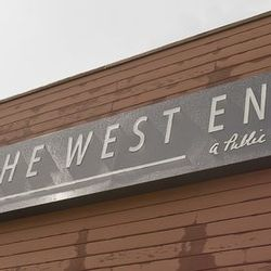 """<a href=""""http://houston.eater.com/archives/2012/07/19/a-look-inside-the-west-end-gastropub.php"""">Houston: <strong>The West End Gastropub</strong> and <strong>The Refinery</strong></a> [Gary R Wise]"""