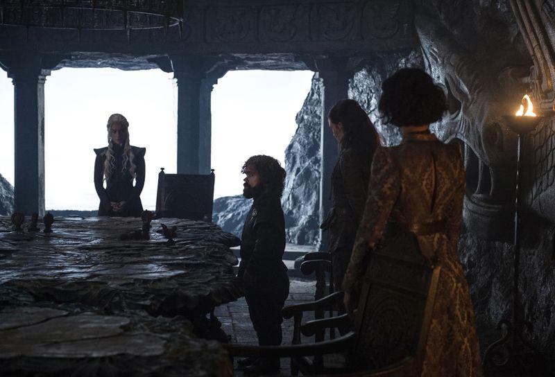 Game of Thrones season 7 episode 2 - Daenerys' war council