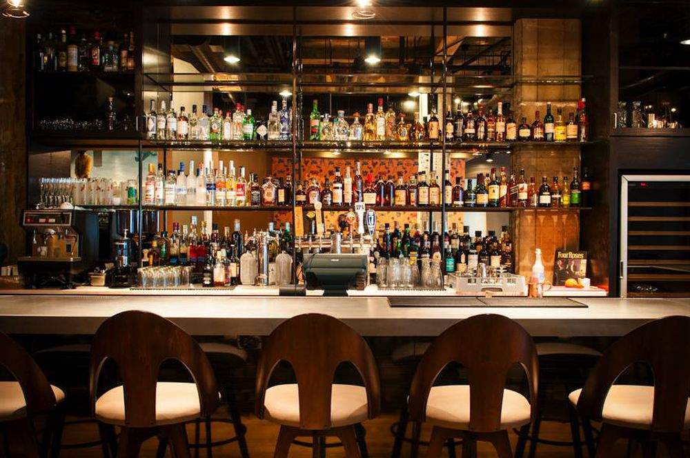The 21 Hottest Cocktail Bars Across the US: Where to Drink Right Now