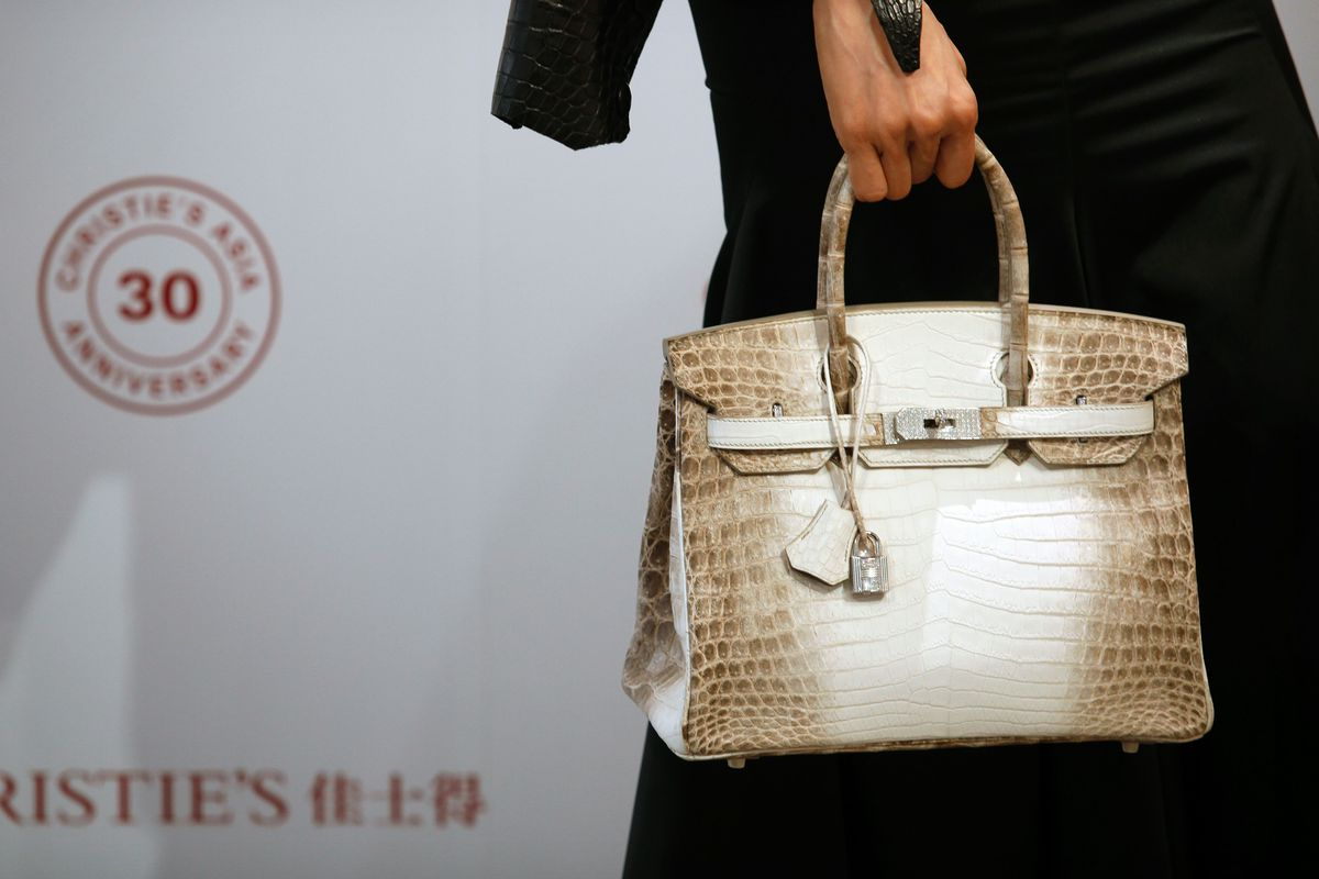 This 300 000 Birkin Bag Is The Most Expensive Bag Ever Auctioned