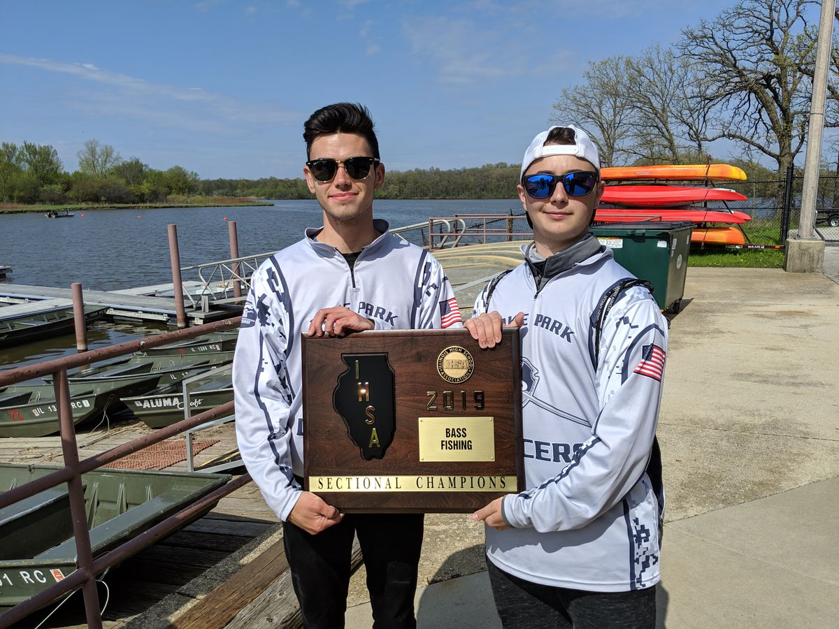 Lake Park senior Zachary Buckley (left) and junior Nick Granata won the Busse Main Pool sectional Monday with a limit weighing 14 pounds.<br>Dale Bowman/Sun-Times