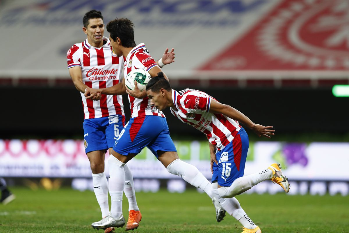 Chivas v Leon - Playoffs Torneo Guard1anes 2020 Liga MX