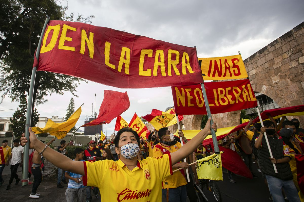 Fans Of Monarcas Protest Against Team Moving To Sinaloa
