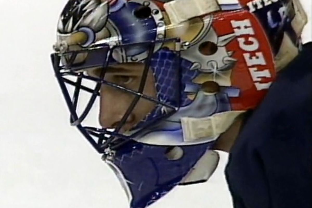 Retro Live Blog Roberto Luongo S 42 Saves In Nhl Debut Nov 28